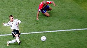 盘点历届世界杯首球:拉姆爆射10分角 马塞洛进乌龙